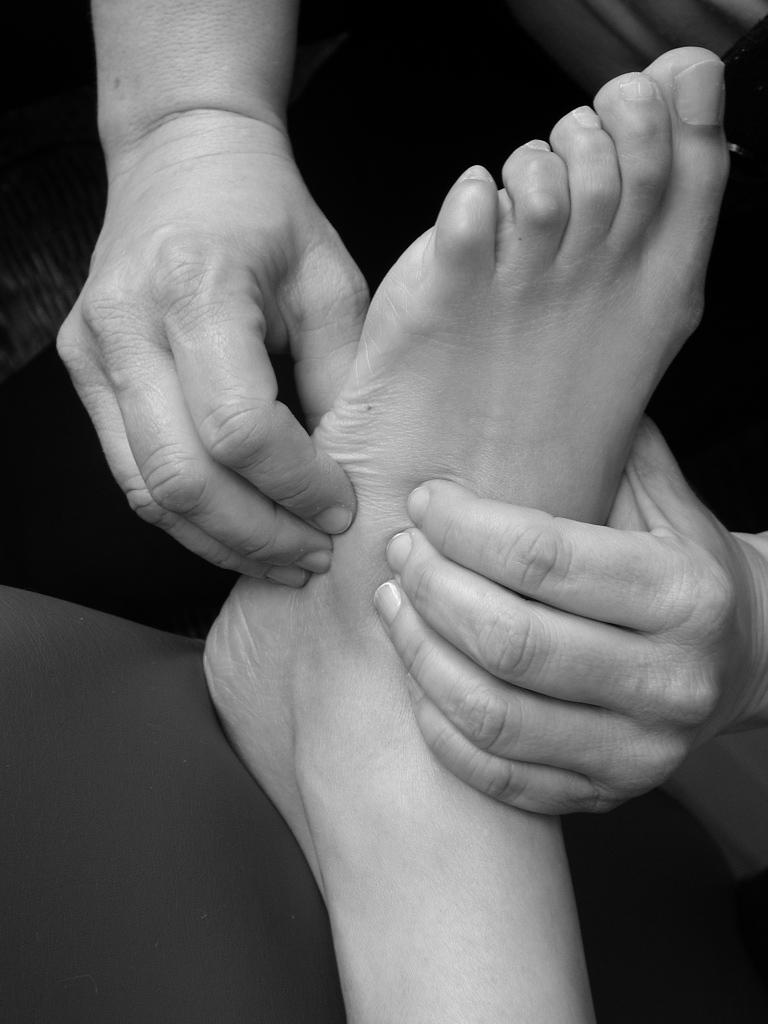 free por no testikel massage