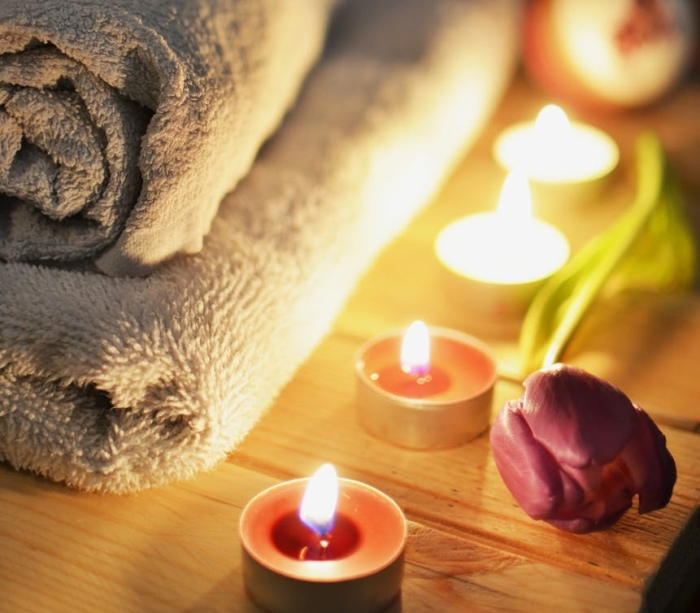 love romantic massage candlelight